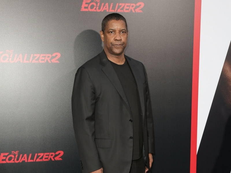 Video shows Denzel Washington helping an LA homeless man in police encounter